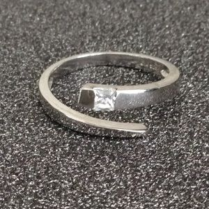 CA 925 marked Wrap Around Ring